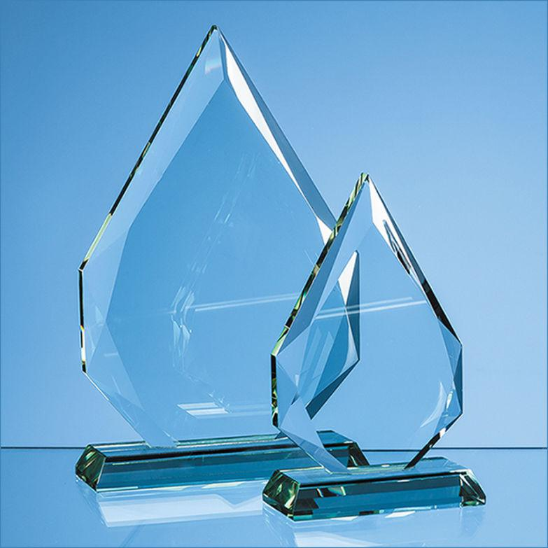 Why glass trophies are the winning promotional merchandise choice